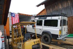 11. Feb. 2014: Sogar ein Land Rover hat Platz....